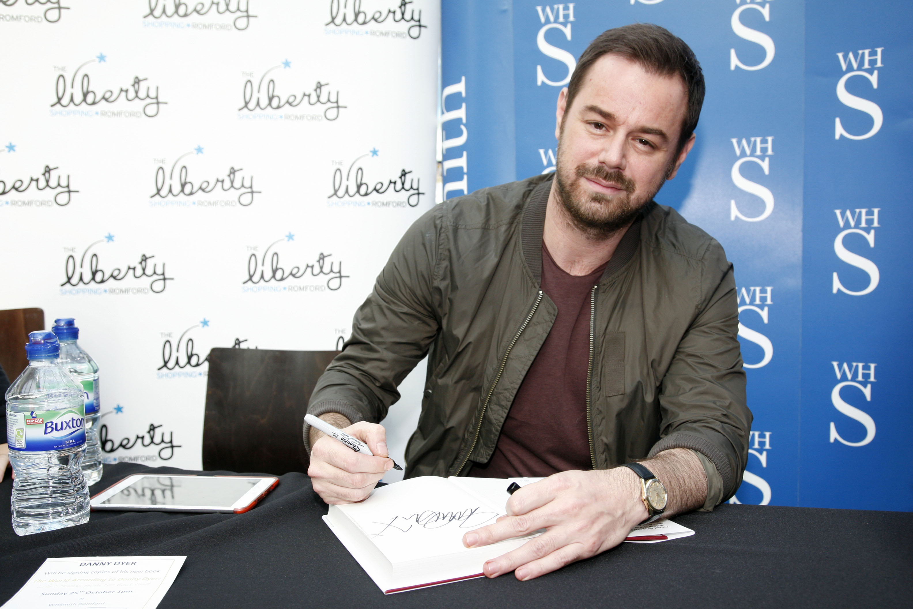 danny dyer talkingdanny dyer kinopoisk, danny dyer quotes, danny dyer oasis, danny dyer football, danny dyer 2016, danny dyer wife, danny dyer net worth, danny dyer harold pinter, danny dyer richard, danny dyer talking, danny dyer aliens, danny dyer dundee, danny dyer films, danny dyer 007, danny dyer king, danny dyer amy winehouse, danny dyer instagram, danny dyer football factory, danny dyer twitter, danny dyer facebook